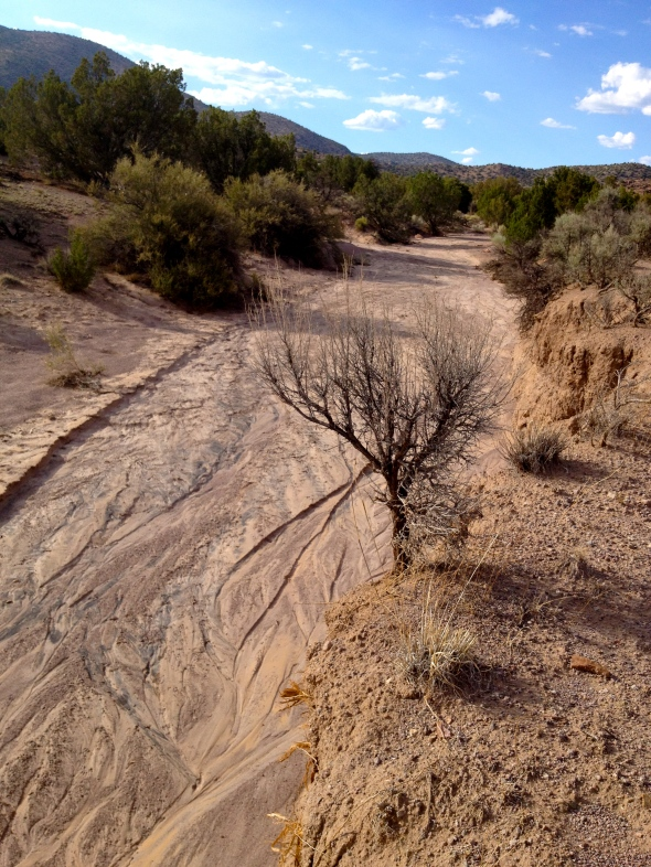 hike down the dry river bed...